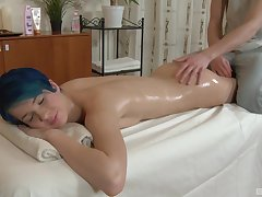 Amazing increased by oiled Amy Set exclude enjoys sex on the massage table